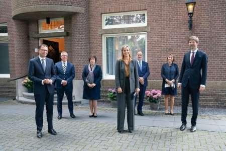 20200702 BGNU Bezoek Koningin Maxima aan Engelen en Spoor Uitvaartverzorging doet de uitvaartbranche goed foto Arenda Oomen