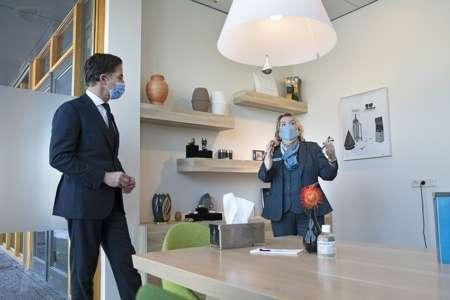 20210211 BGNU Bezoek Mark Rutte aan crematorium en uitvaartcentrum Rhijnhof 2
